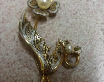 Vintage Damascene Flower Brooch - Kitsch Chic Toledo Spanish Souvenir Piece
