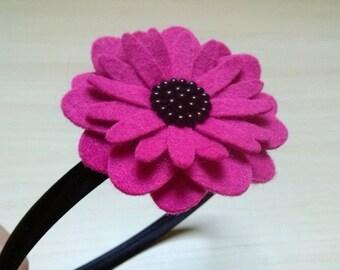 Felt Magenta flower headband, Magenta headband, Fuchsia headband, Womens hair accessory, Headband for women, Wool felt pink flower, Gerbera