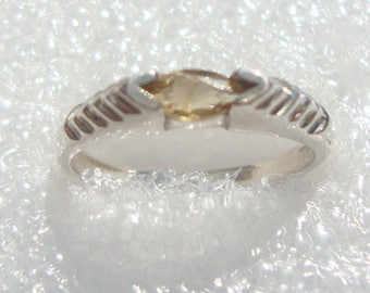 Vintage  Signed D in Diamond Sterling Silver 925 Stacked Marquise Citrine Ring 5201737