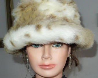 Beautiful vintage   PARKHURST  spotted faux fur bucket hat - S/M - Joli chapeau de fausse fourrure par Parkhurst. P/M