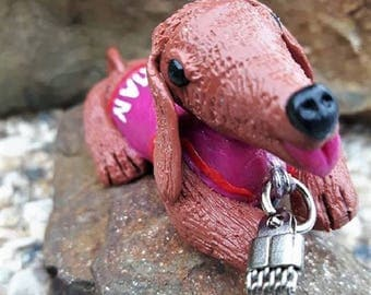 """Brown dog keychain """"I love you MOM"""" is made of polymer clay."""