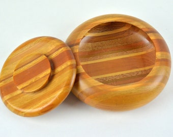 Vintage wood bowl - 1980's sovereign woodware handcrafted in new zealand