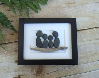Pebble art family / Pebble art picture / Pebble Art / Gift for dad / Gift for mom / Pebble pictures / Rock art / Family art / Family of 4