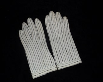 Mod Black and Ivory 60's Gloves Size 7 Free Shipping in the US