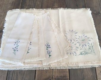 Vintage Set of Placemats and Napkins