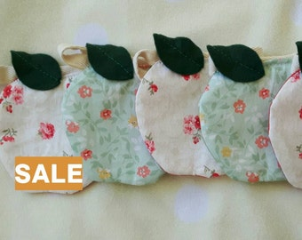 SALE**Ditsy Apple Bunting