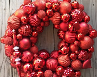 Red ornament wreath