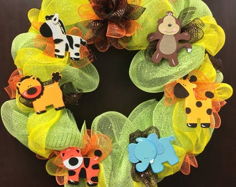 jungle themed baby shower wreath