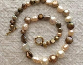 "16"" Freshwater pearls choker."