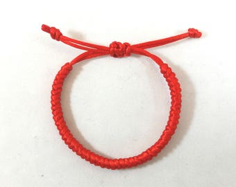 Kabbalah red bracelet (Diamond knot) for good luck,love,fortune,protection and prosperity. 100% money back guarantee