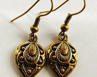Bronze Spade Detailed Dangle Hook Earrings
