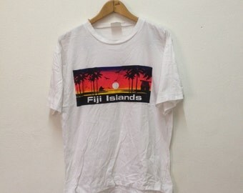 Vintage 1990s FIJI Islands T-Shirt