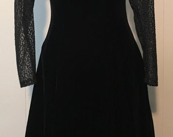 Vintage 1980s Karen Lucas for Niki Black Velvet Knee-Length Dress with Sheer Sleeves