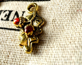 Acorn leaf charm 3  antique bronze vintage style pendant jewellery supplies C140