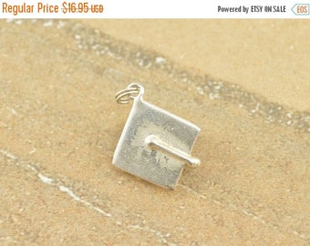 On Sale 3D Graduation Cap Charm / Pendant Sterling Silver 2.4g
