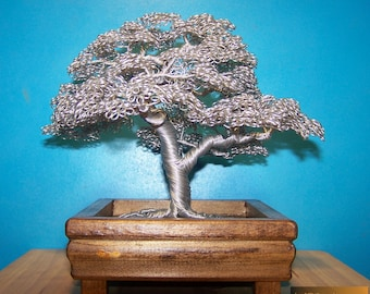 Hokidachi Style Wire Tree Sculpture (Silver)