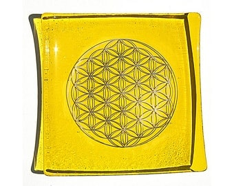 Yellow glass plate with platinum Flower of Life