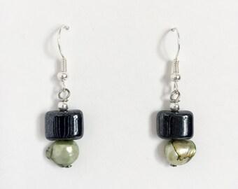 Emerald Shell Earrings - Green and Black Bead Drop Earrings by SarahStuffings