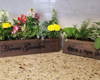 Personalized Planter / Flower box Rustic / Custom Wood Planter / Farmhouse Planter / Planter Box / Reclaimed Wood Planter / Rustic Wedding