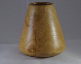 Small dry flower vase