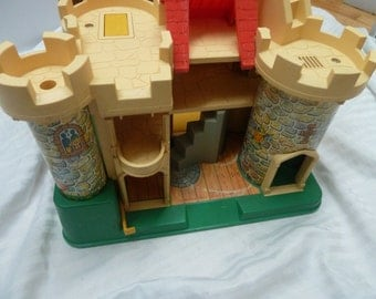 Vintage Fisher price castle little people #993 no accessories 1974 play family