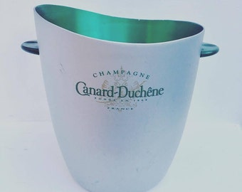 Rare  Ice Bucket, Champagne Bucket, Vintage French, Canard Duchene Champagne with very beautiful lines, a ravishing green ice bucket,