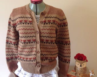 Retro hand made knitted 1940s style rustic country cardigan fairilse shetland wool size 10