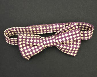 REDUCED!! Boys Plum & Beige Gingham Bowtie, Checked Bow Tie, Purple and Beige Gingham Bowtie, Baby BowTie, Little Boys Bow Tie, Pre-Tied Tie