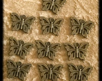 Beautiful Antique Brass Butterfly Charms Drops 12mm - 10 pieces - B13