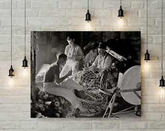 Provincetown MA Photo, Fisherman Fixing Nets, Provincetown Photo, Historical Provincetown, Wall Art, Home Decor, Black White, Summer, 1937