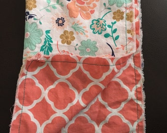 Reusable fabric napkin with flowers