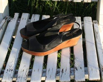Black leather sandals. Women sandals. Women's shoes. Wooden wedge heel.   French vintage.