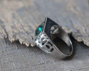 Engagement jewelry Green Lantern ring