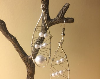 handmade wire and white pearly earrings