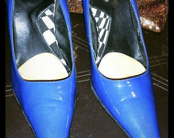 LOWERED!! Electric blue patent leather Aldo pumps
