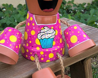 Clay pot girl with cupcake shirt