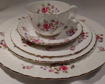 5 Piece Adderley ''Fragrance'' Dinner Set