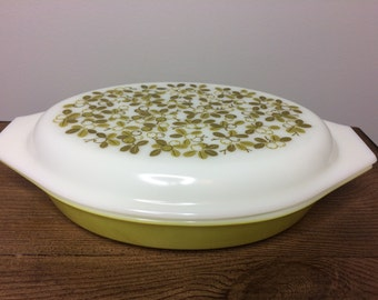 Pyrex Verde Cinderella Divided Casserole Dish with Cover - #963