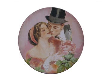 Pink round box-just married