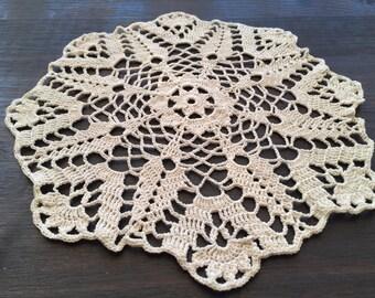 Crochet doily 'Gladiolus'