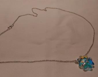 925 Silver chain with cloverleaf shaped swarovski pendant