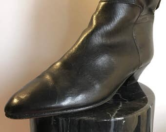 Janice Joplin's Unbranded 40 Black Tall Cowboy Western Boots with Running Thread Detail and Cuban Heel 80's