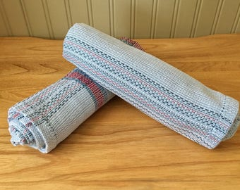 Dish towels completely woven by hand. 100% cotton. Resistant, durable and timeless. Kitchen. Gray, red, blue.