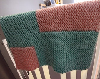Blanket knitted Mint and rose