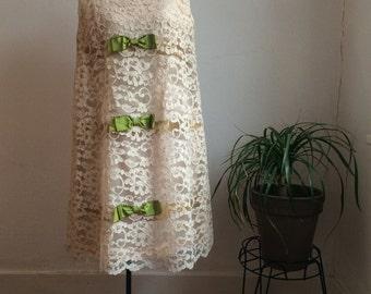 1960's Lace Shift Dress