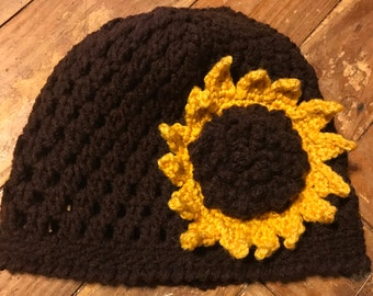 Brown beanie with a sunflower