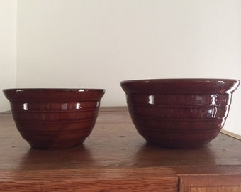 2 Stoneware Nesting Bowls