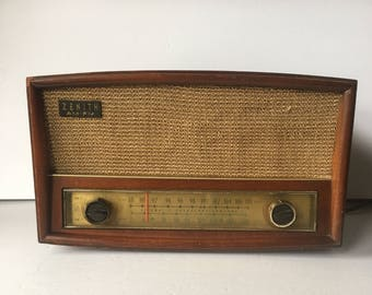 """Vintage Zenith G-730 early 60's AM/FM Tube Radio Wood Cabinet 15""""L"""