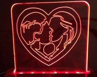 Kissing Couple Heart