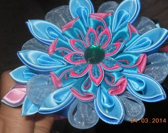 Kanzashi fabric flower, headband for toddlers and teenagers.
